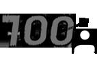 700 ügyfél az első évben